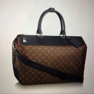 brand new  Louis Vuitton neo greenwich bag